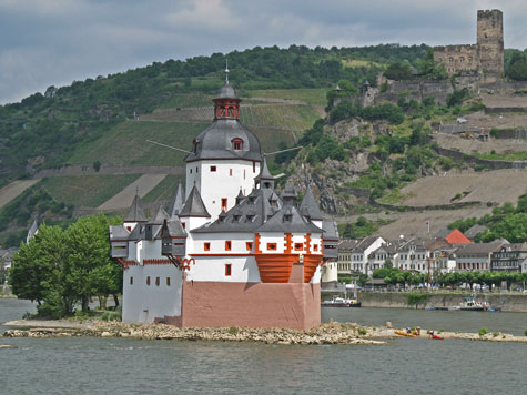 Tourist Attractions On The Rhine River In Germany